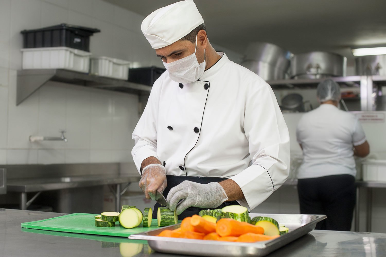 epi-branco-cozinha-epiguedes-seguranca-e-higiene